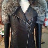 Куртка косуха из натуральной кожи и натуральным мехом чернобурки в наличии