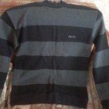 Пуловер р 46-48