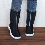 Продажа женских дутиков сапоги ботинки MOSCHINO