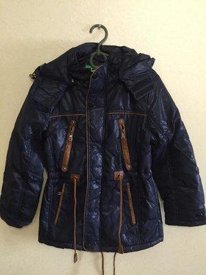Стильная демисезонная куртка-парка для мальчика