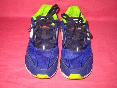 Фирменные кроссовки Kalenji оригинал - 33 размер