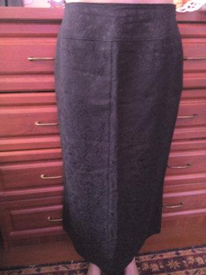 Черная удлиненная плотная юбка ниже колена 48р 12р