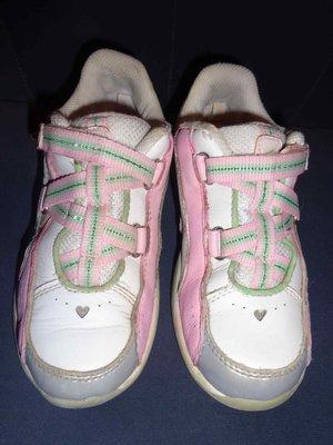 Кроссовки кожаные Clarks CICA на девочку, 29 размер