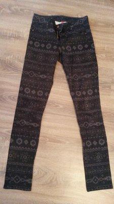 коричневые брюки
