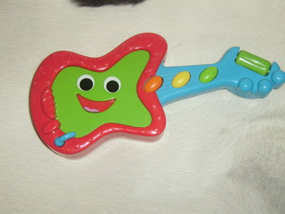 интерактивная игрушка для малышей fun singing guitar ELC Англия оригинал