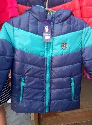 В наличии курточки на мальчиков на осень р 116,122,128,134 дешево 400 грн