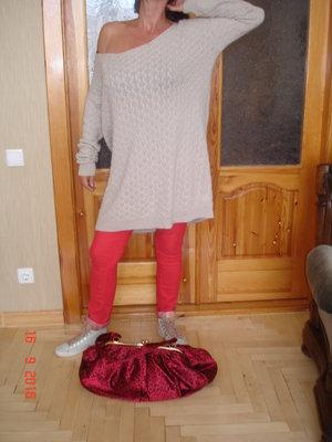 Свитшот, джемпер, платье