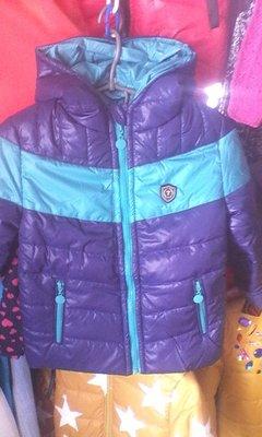 В наличии стильные куртки на мальчиков не дорого