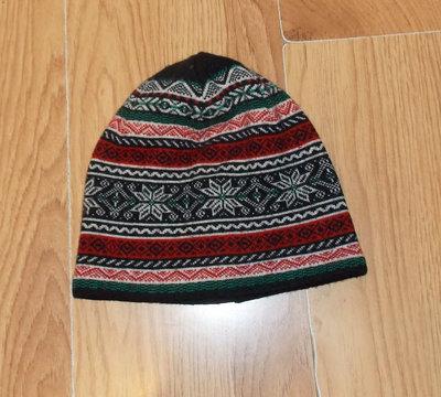 Демисезонная фирменная шапка для мальчика 7-12 лет