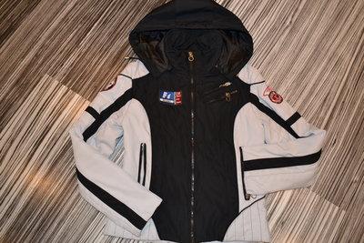 Стильная демисезонная курточка для девочки подростка