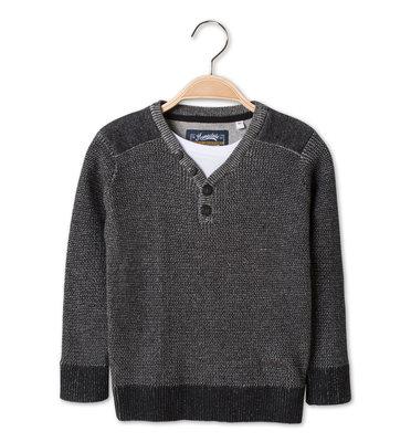 Стильный свитер C&A