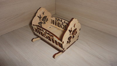 Продано: Кроватка-Качалка. Мебель для куклы