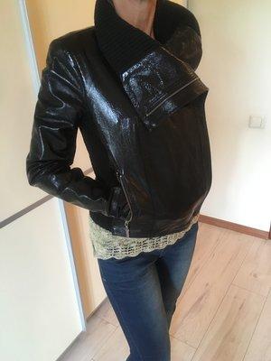 Итальянская лаковая куртка, натуральная кожа.
