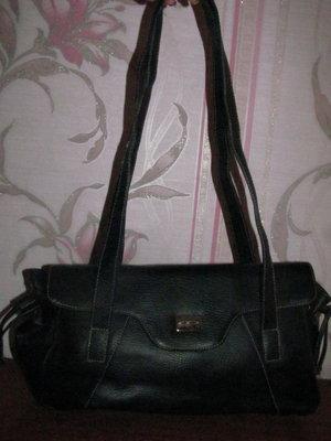 Черная стильная сумка