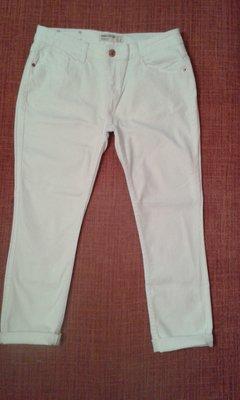 Джинсы женские белые укороченные фирмы Ankle Grazer р.12