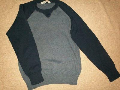 Отличный свитер H&M 8-10л,134-140см