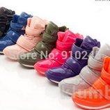 женские сникерсы зимние Хит на пуху маранты ботинки сапоги дутики угги термо