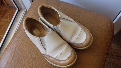 Кожаные фабричные туфельки ShagoVita размер 29