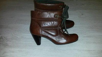 Новые стильные кожаные ботинки Mexx ankle boots р.40,41 Нидерланды .