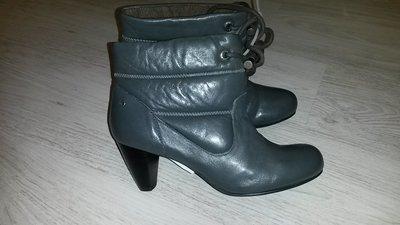 Новые стильные кожаные ботинки Mexx ankle boots р.39,40 Нидерланды .