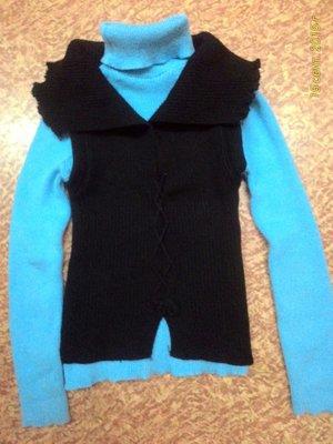 Теплый вязанный комплект свитер жилетка размер М