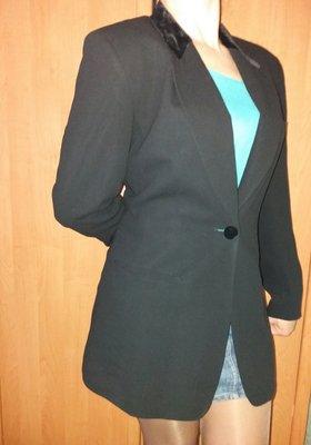 Брендовый чёрный модный пиджак от Донна Каран