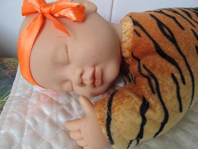 Тигренок,тигр,кукла Anne Geddes