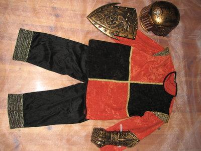 Продано: карнавальный костюм рыцаря,новогодний утренник.