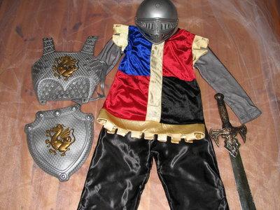 Продано: костюм рыцаря с доспехами на утренник новый год