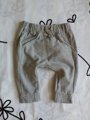 Крутые спортивные штанишки с мотней от Next на 6-9 мес., 68-74 см