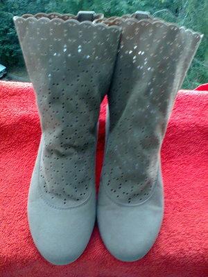 Ботиночки от бренда Tally Weijl .
