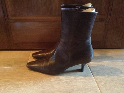Кожаные коричневые ботинки Bally 36 размера