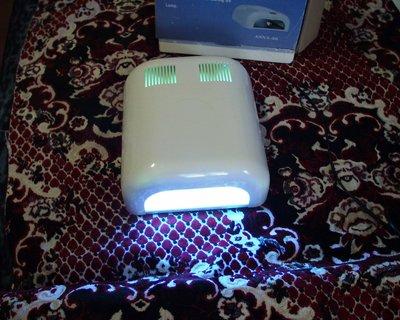 Лампа 36 Ватт, таймер на 2 минуты и безлимитный. 4 уф лампы по 9 Ватт каждая