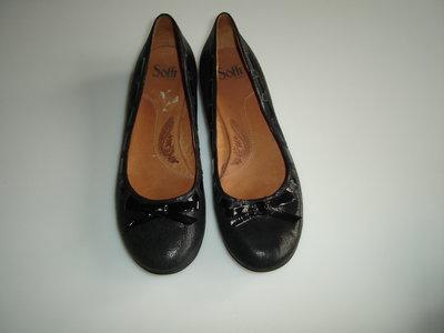 Туфли лодочки Sofft , р 39,5 , стелька 26 см материал-кожа снаружи, кожа внтри кожа с лазерной обраб