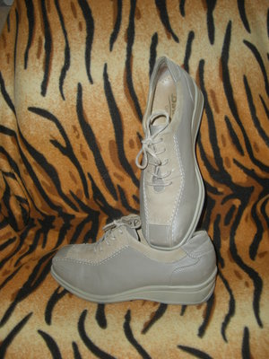 Туфли женские,кожаные,.-280грн.