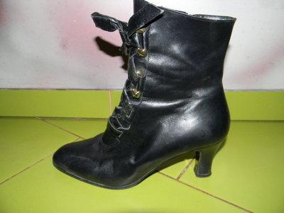 ботинки Cristelle женские деми итальянские 37,5 р сост. отл.
