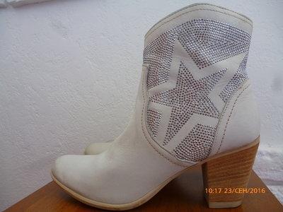 Ботинки Tamaris р. 40 стілка 26,5 см., каблук 7,5 см.