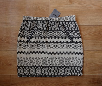 Снизила цену Новая юбка на осень М - размер
