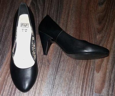 Классические туфли F&F, стелька 24,5 см.