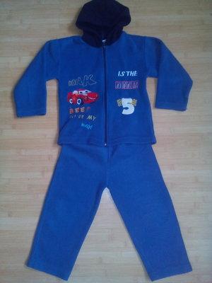Флисовый костюм 3-4,5 года.