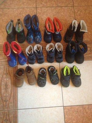 Демисезонная обувь сапожки дутики ботинки черевикі пинетки 19-22 рр