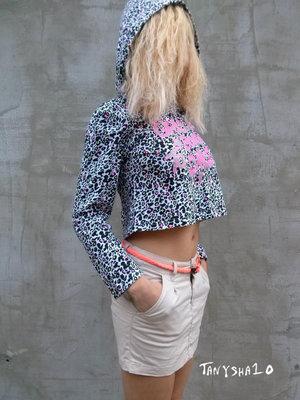 Укороченная кофта с капюшоном BPC - Леопард с неоном на рост 152/158