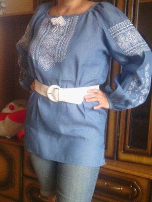 Вышиванка-Туника машинная вышивка голубой лен длинный рукав для высокой пышной красотки.