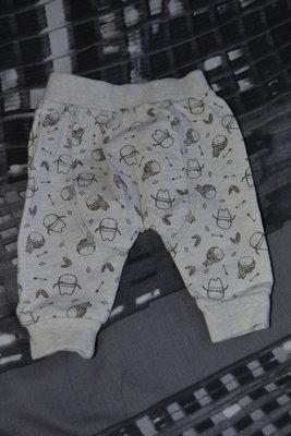 Маленькие повзунки,штаны на ребенка или куклу.кукла