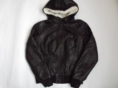 Курточка из кожзама размер L Pimkie нюанс