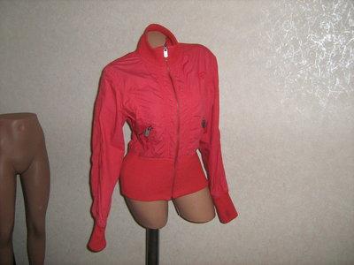 Куртка красная, размер 46-48