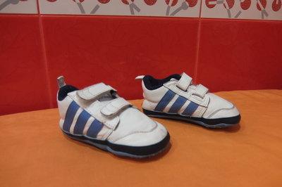 Пинетки д/мал. Adidas, оригинал р.19 3К , Индонезия натуральная кожа.