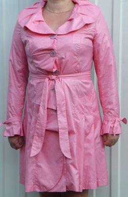 Плащ женский 52р розового цвета