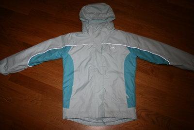 Продам демісезонну куртку Trespass на 9-10 років