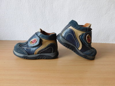 Ботинки Tapsy 21 р. по стельке 13,6 см